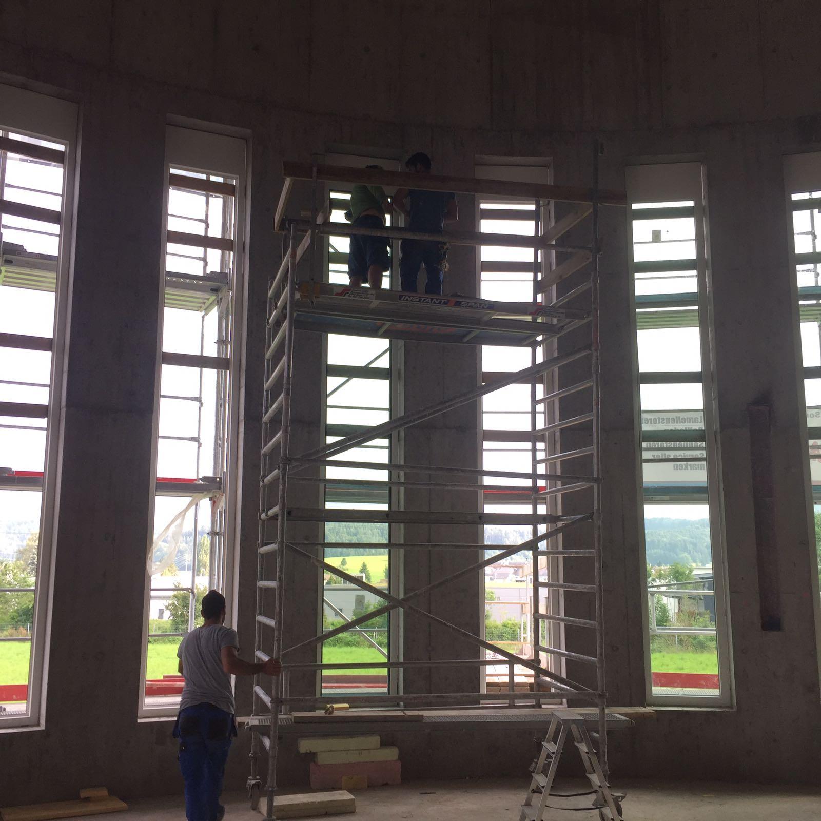 Fenstermontage swissfenstermontagen gmbh for Montage fenster